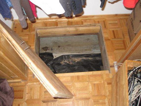 secret_trapdoor