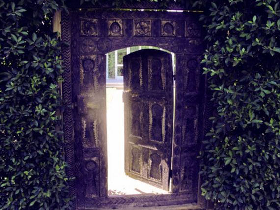 Entrances That Are Clearly Gateways To Narnia Barnorama