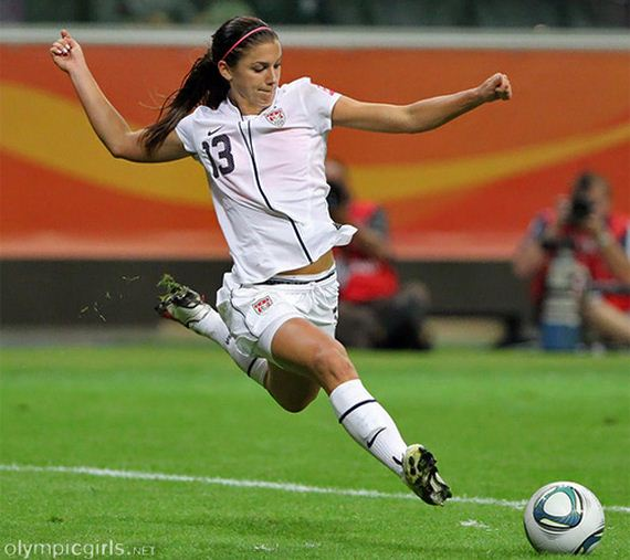06-alex-morgan