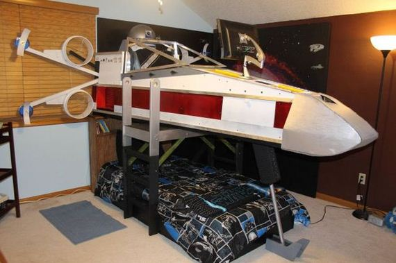 02-X-Wing Bed