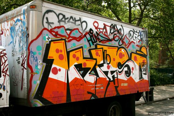 06-amazing-graffiti-vans