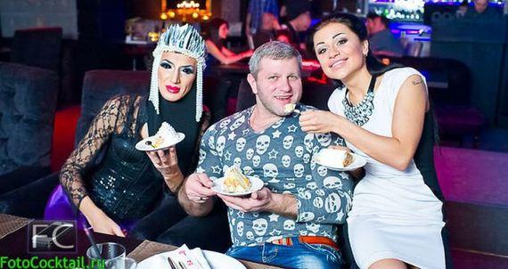 06-russian_clubs_where_weird_meets_beautiful_