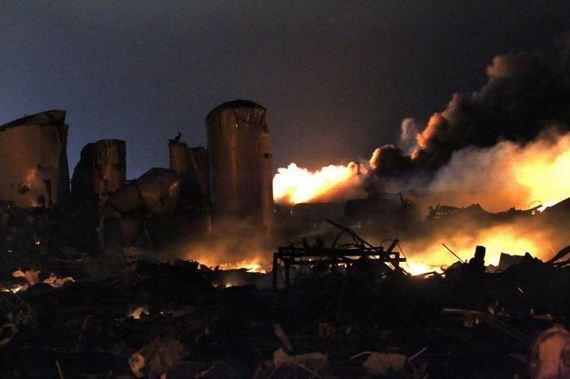 05-explosion_texas