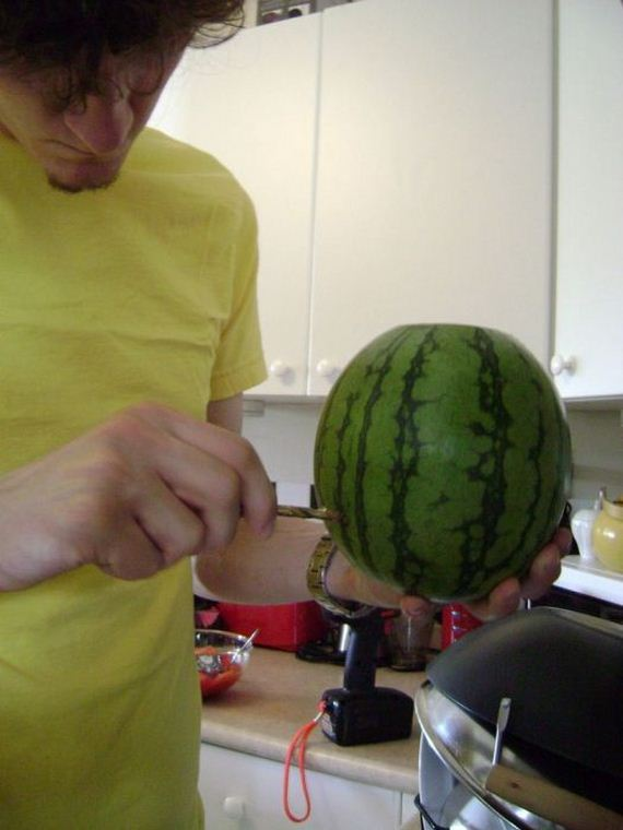 06-how_to_make_a_watermelon_keg