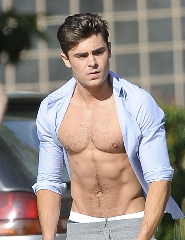 12-Photos-That-Prove-Zac-Efron