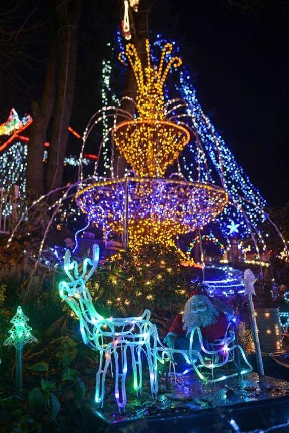05-christmas_lights
