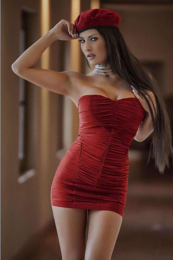 Latina model pic
