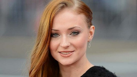 05-sophie-turner-photos