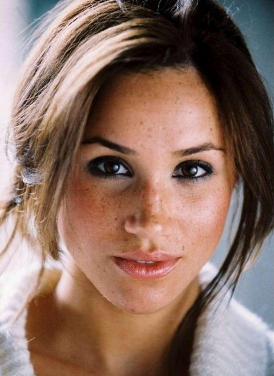 09-meghan-markle-pictures