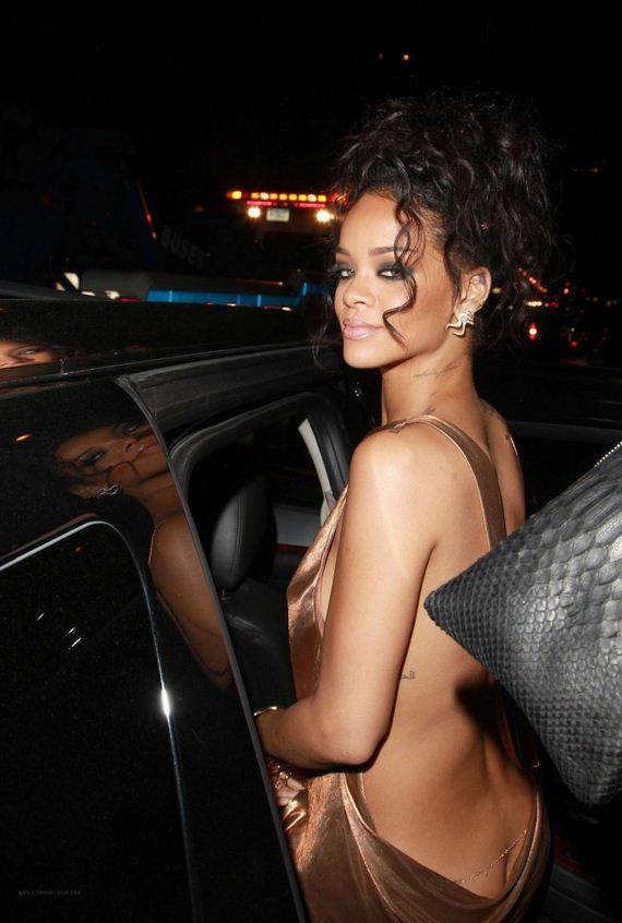 06-Rihanna -2014-Met