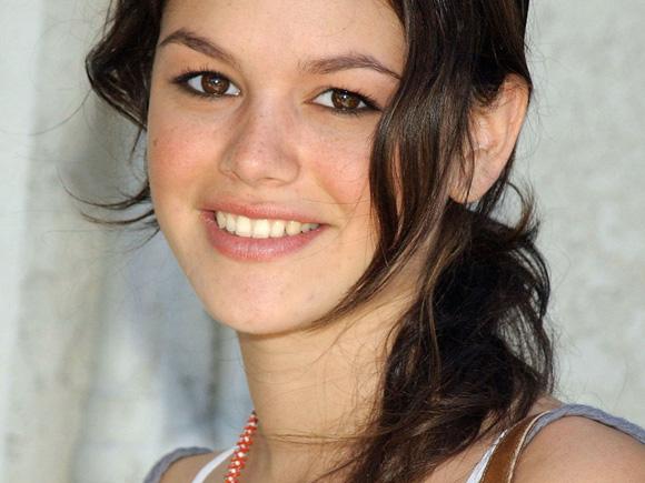 Rachel-Bilson-5