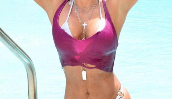 06-Jennifer-Nicole-Lee-in-Bikini