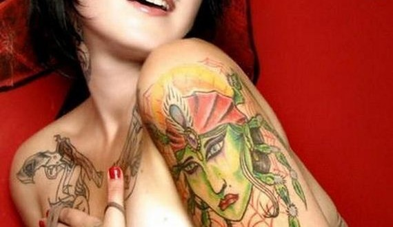 05-Hot-inked-girls