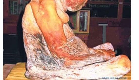 08-mummies_have_fascinating_stories