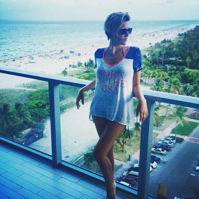 Charissa Thompson Hot Photos - Barnorama