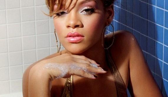 03-Rihanna -Vibe-Magazine