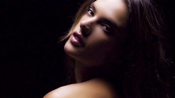 05-Alessandra-Ambrosio -LOVE