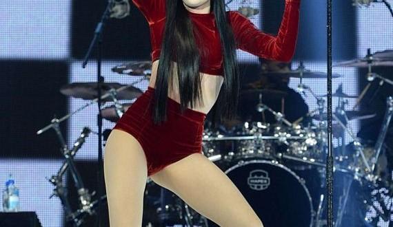 08-Jessie-J -Performs