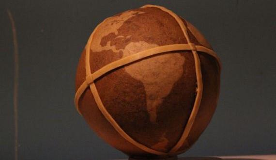 11-gingerbread_globe