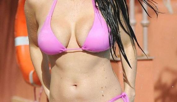 07-Casey-Batchelor-in-Pink-Bikini