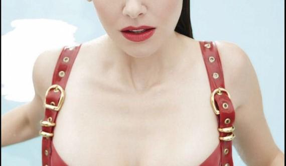 09-Alison-Brie---GQ-Mexico
