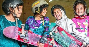 01-Afghan-Skateboard-girl