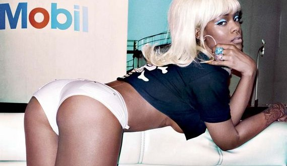 01-Rihanna-v-oompa