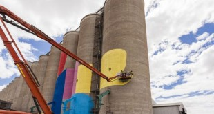 01-western_australia_grain_silos