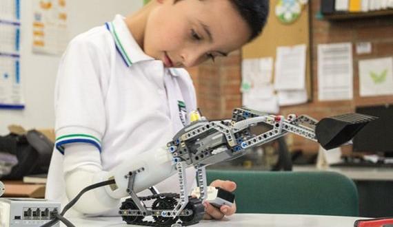 01-Lego-prosthetics