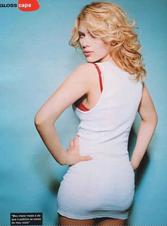naked Scarlet johannson