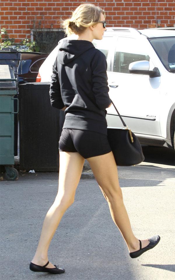 Taylor-Swift-Ass-4