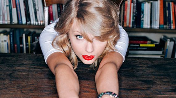 01-Taylor-Swift -Official