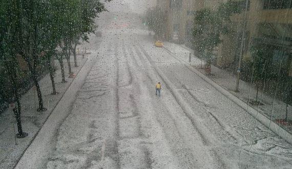 01-size-hail
