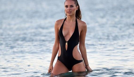 05-Kimberley-Garner-bikini