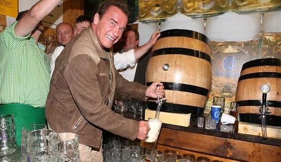 01-arnold_schwarzenegger_beer