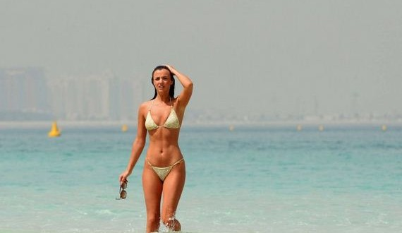 04-Lucy-Mecklenburgh-in-Bikini