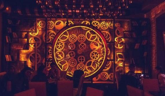 01-steampunk_bar