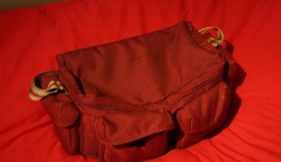 01-red_bag