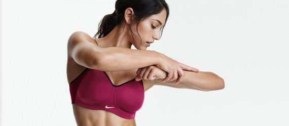 01-Allison-Stokke-Athleta