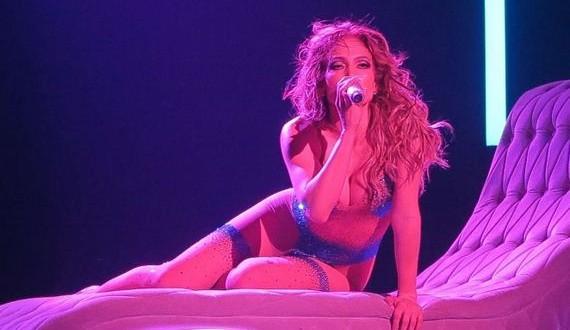 18-Jennifer-Lopez