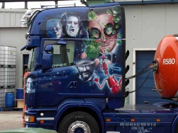 Creepy Funny Faces Airbrushed Truck Shows...