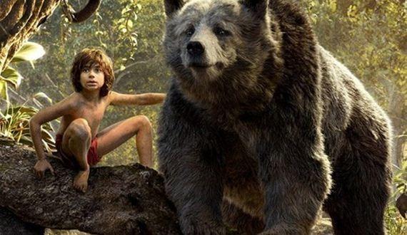 01-mowgli_giving_baloo