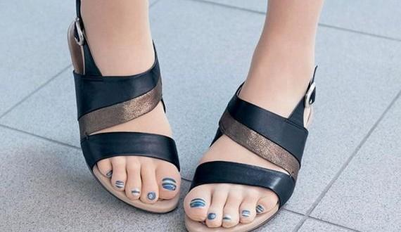 01-toe_nail_art