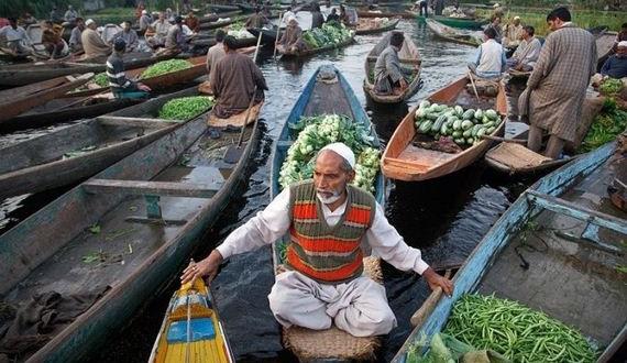 01-floating_markets