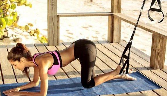 03-Girls-in-Yoga-Pant-6-3