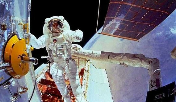 01-strangest-things-astronauts-have-seen