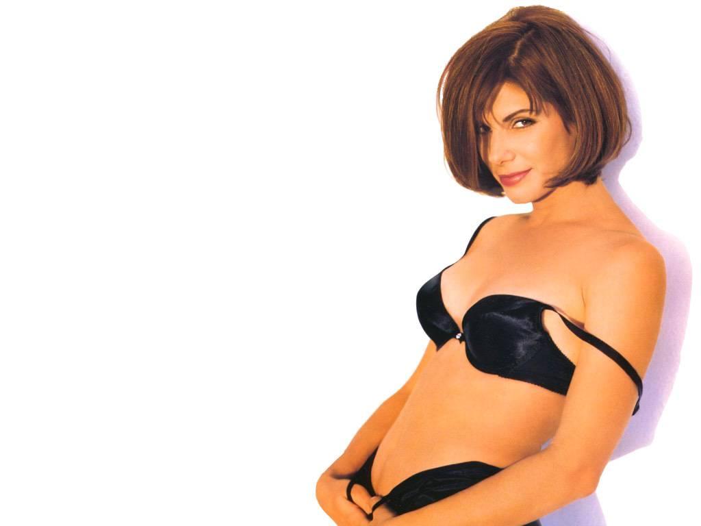 Sandra Bullock Nude Barnorama