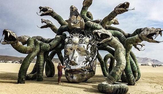 01-art-installations-at-burning-man