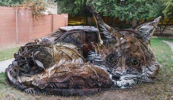 01-trash_animal_sculpture