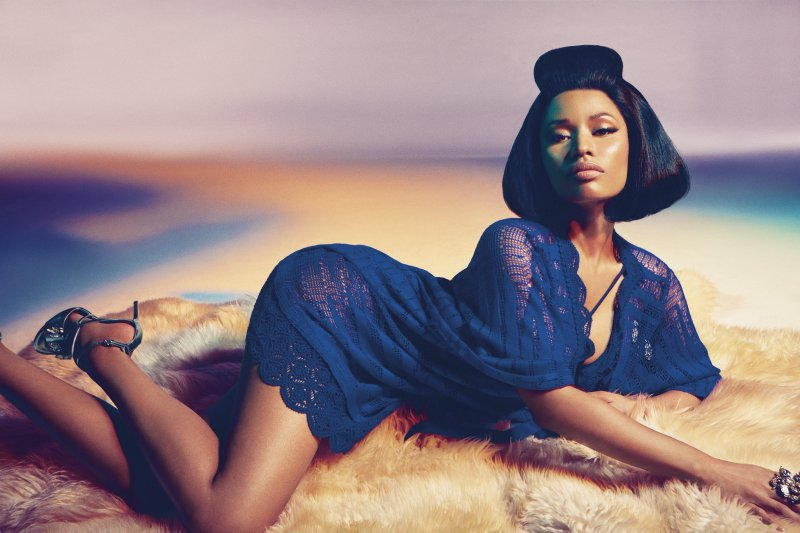 nicki-minaj-s-legs-and-feet01469338256